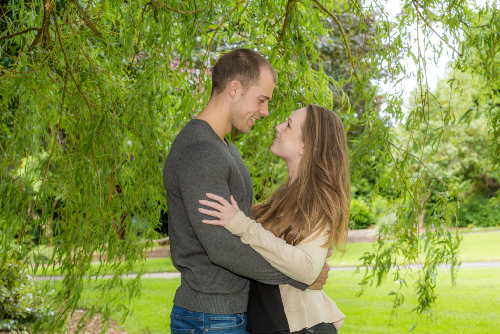Couple in park photoshoot